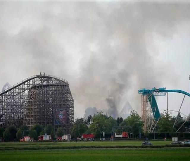 Europa Park Fire Massive Blaze At Germanys Biggest Theme Park As Emergency Crews Descend On Scene World News Mirror Online