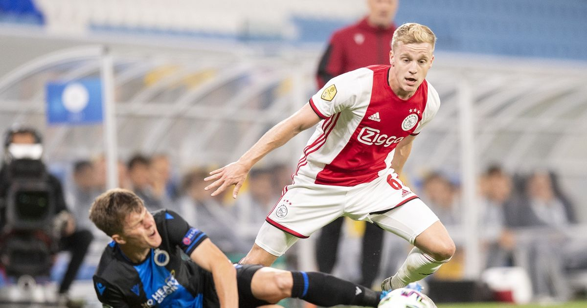 Donny van de Beek sends a final transfer message to Man Utd during the January move