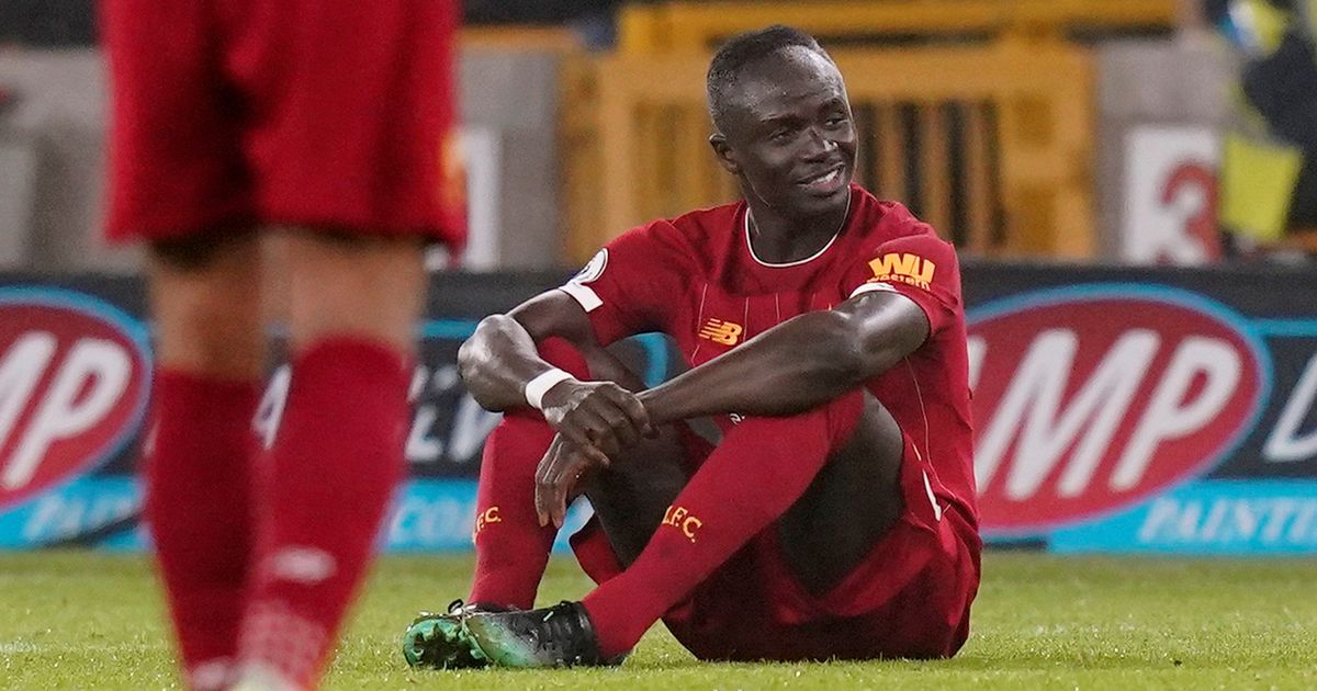 Sadio Mane was forced to suffer a mysterious injury in Liverpool's clash with Wolves