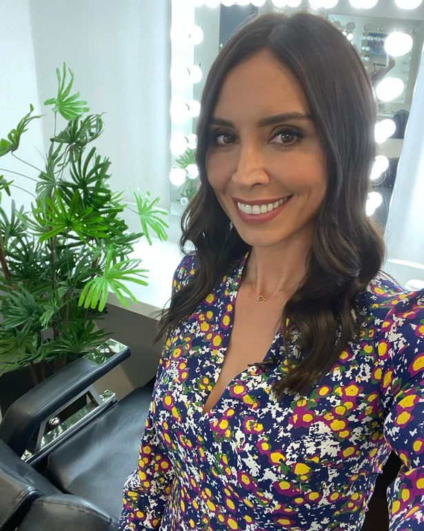 Christine Lampard Enjoys Walking In The Morning With Her Daughter Patricia Before Loose Women Fr24 News English