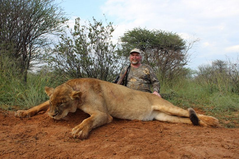 Sick trophy hunters share Tripadvisor-style reviews after killing lions and hippos