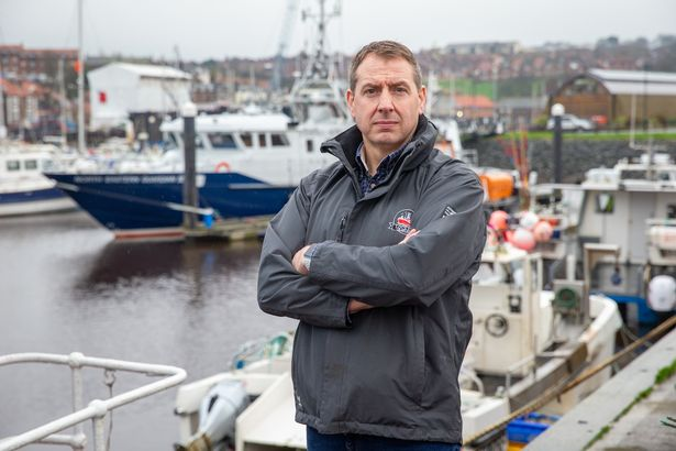 Andrew Locker has 20 years of experience at sea