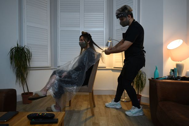 Secret spa hair stylist Nas Ganev cuts hair