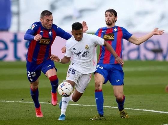Cury mengklaim Rodrygo ingin pindah ke Barcelona tetapi klub tidak akan membayar biaya yang lebih tinggi
