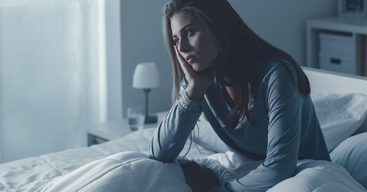 النساء اللائي يستيقظن في كثير من الأحيان في الليل