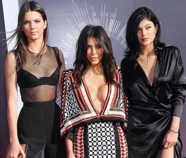 Kendall Jenner Kim Kardashian And Kylie Jenner At The Vmas