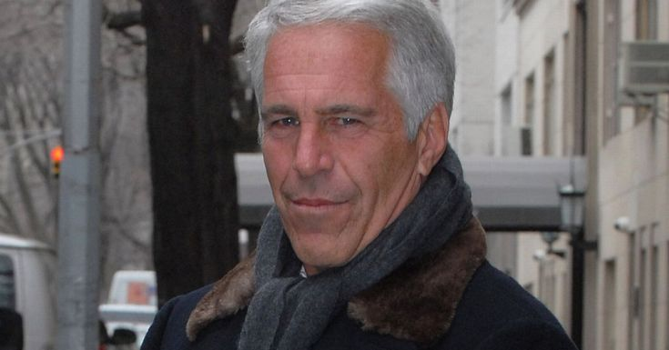 Prince Andrew's paedo pal 'bullied journalist into suppressing exposé'