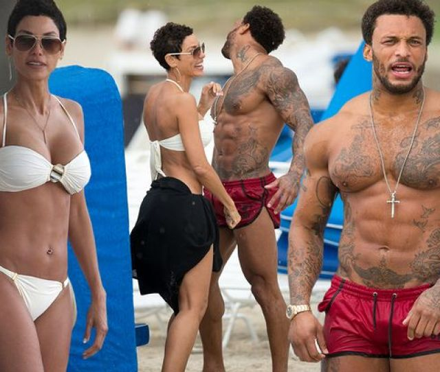 Nicole Murphy Hangs Out With British Model David Mcintosh On The Beach In Miami Florida