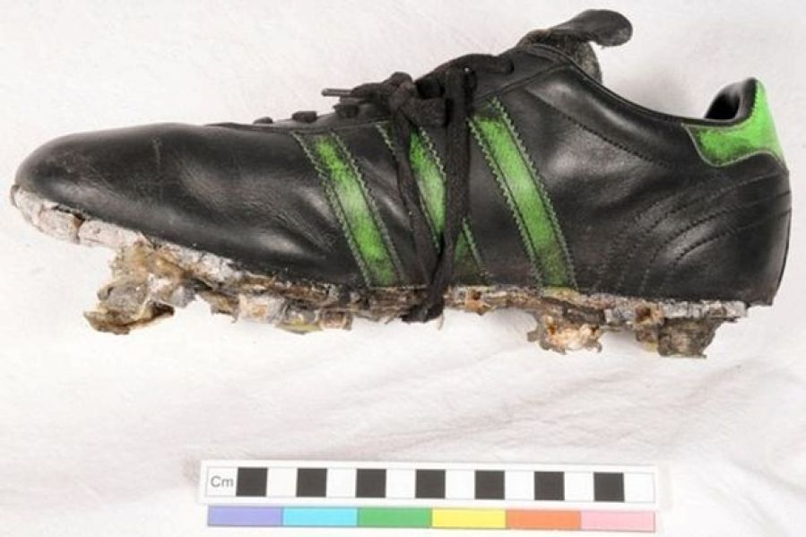 GEORGE BEST BOOTS UP FOR AUCTION