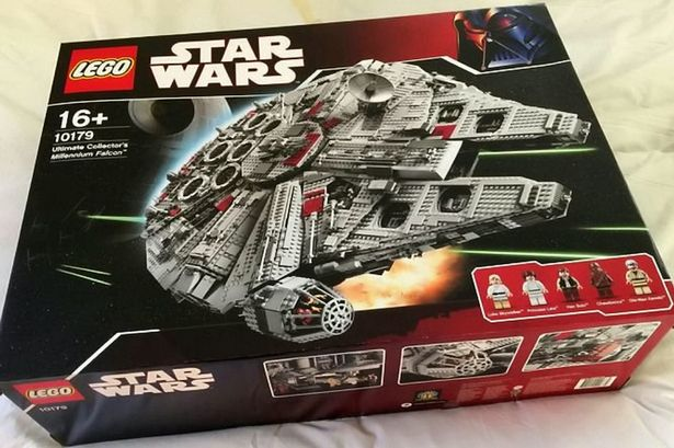 Star Wars Lego Set Breaks Records As It Goes Up For Auction