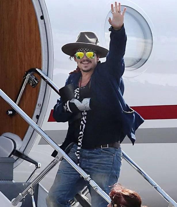 Johnny Depp at Brisbane Airport, Australia - 10 Mar 2015