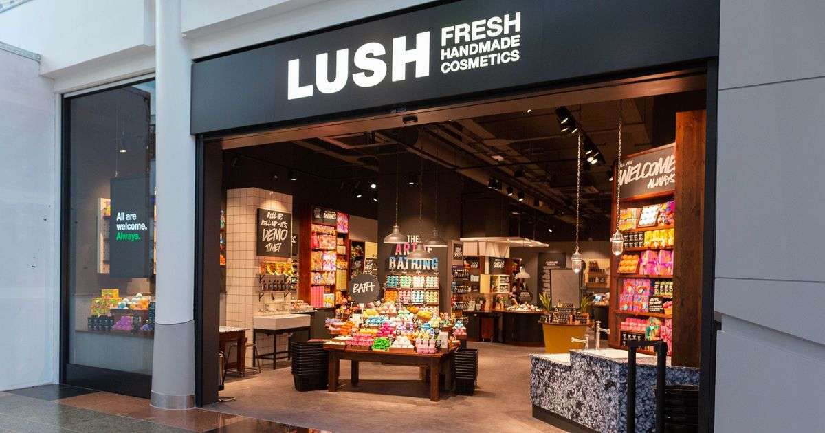 "Lush offers shoppers ""free hand washing"" in stores during the coronavirus epidemic"