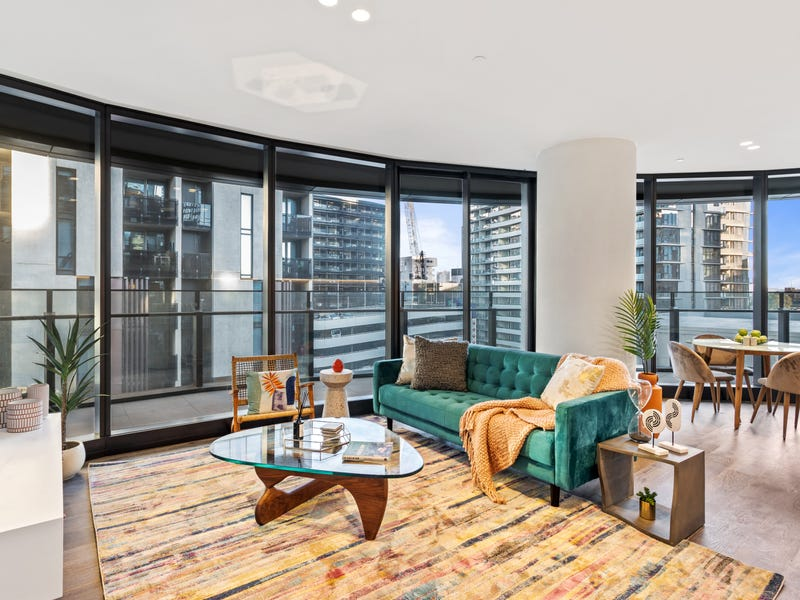 Capitol Grand South Yarra Apartment At Corner Chapel Street And