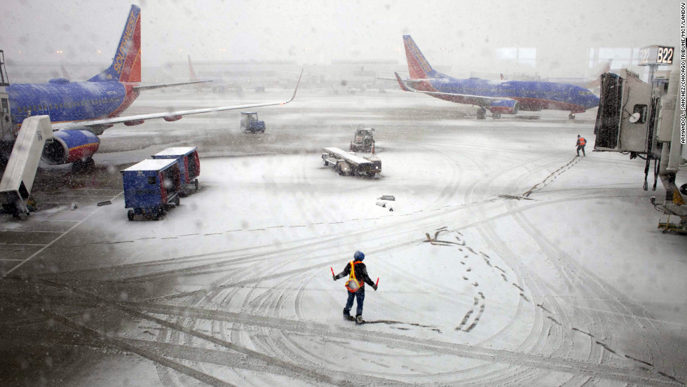 https://i2.wp.com/i2.cdn.cnn.com/cnnnext/dam/assets/130226225002-chicago-snow-horizontal-large-gallery.jpg