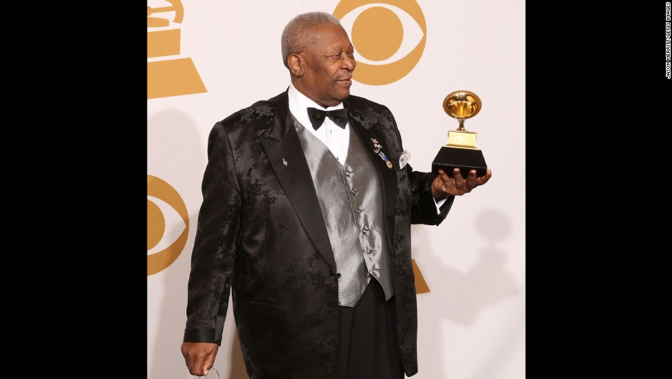"LOS ANGELES, CA - FEBRUARY 08:  Musician B.B. King, winner of the Best Traditional Blues Album for ""One Kind Flavor"" poses in the press room during the 51st Annual Grammy Awards held at the Staples Center on February 8, 2009 in Los Angeles, California.  (Photo by ) *** Local Caption *** B.B. King"