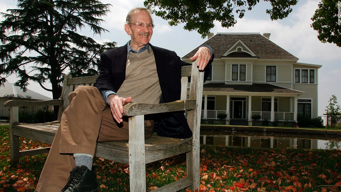 This April 27, 2006 file photo shows poet Philip Levine at the San Joaquin River Center in Fresno, Calif., where he recited many of his poems. Levine, a Pulitzer Prize-winning poet whose intimate portraits of blue-collar life were grounded in personal experience and political conscience, died Saturday, Feb. 14, 2015. He was 87. (AP Photo/Gary Kazanjian, File)