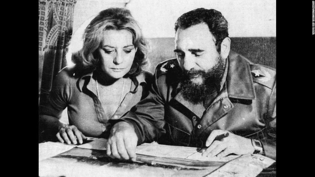 In 1977, Castro uses a map as he describes the 1961 Bay of Pigs invasion to ABC correspondent Barbara Walters.