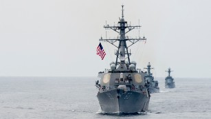 US destroyer sails close to disputed island in the South China Sea