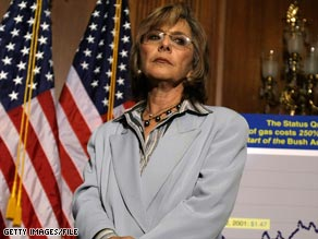Republicans have a chance of defeating senate incumbent Barbara Boxer, says Frum.