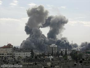 Smoke rises from the Gaza town of Rafah after Israeli airstrikes on Saturday.
