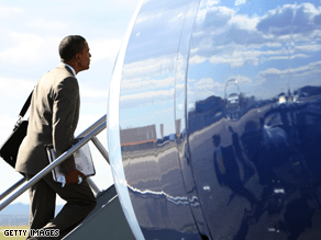 A new CNN poll of polls shows Obama's lead is dwindling.