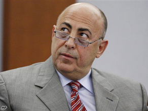 Charles Ehrlich testifies during O.J. Simpson's trial in Las Vegas, Monday.