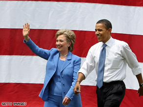 Sen. Hillary Clinton met with President-elect Barack Obama Thursday in Chicago sources tell CNN.