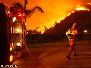 President-elect Obama called California's governor and the mayor of Los Angeles to express concern about the wildfires raging in Southern California.