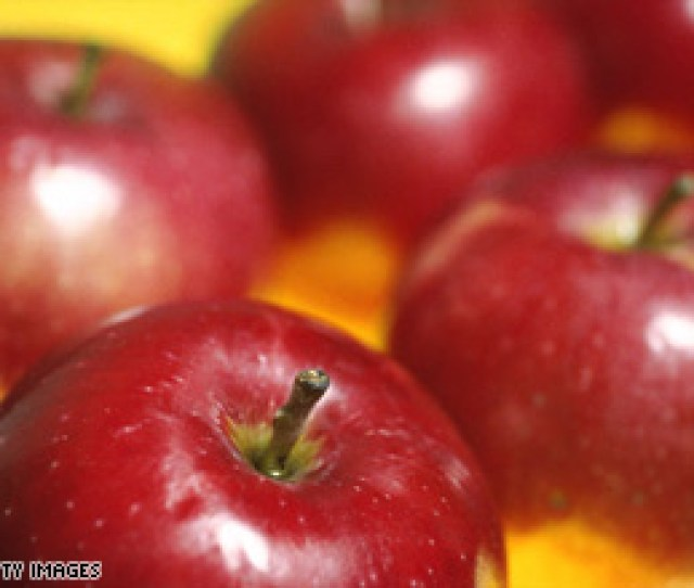 People With Allergies To Birch Pollen May Have Associated Allergies To Raw Apples