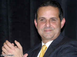Miami, Florida, Mayor Manny Diaz and other U.S. mayors are urging Congress to act fast on the stimulus plan.