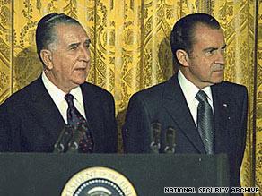 President Richard M. Nixon, right, and his Brazilian counterpart, Emilio Medici.