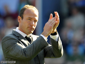 Alan Shearer will talk to Newcastle United later this week about his future.