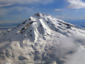 Seismic activity at Alaska's Mount Redoubt again has scientists watching for an eruption.