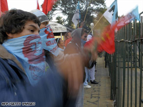 Supporters of those who attacked a celebration of Israel's founding outside an Argentine court.