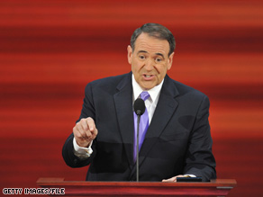 Former GOP presidential candidate Mike Huckabee was both sympathetic and critical of Alaska Gov. Sarah Palin.