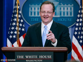 Malveaux: President Obama personally congratulated White House Press Secretary Robert Gibbs after his first official press conference Thursday.