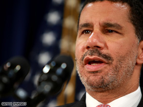 A new poll of New York state voters suggests Gov. David Paterson's favorability rating may have bottomed out.