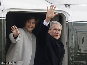 Former President Bush and former First Lady Laura Bush board Marine One following the inauguration of President Barack Obama.
