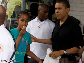 The president took his daughters out for a frozen treat on Saturday.