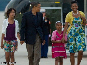 Sasha Obama wandered into her parent's bed early Tuesday morning to have a chat with her parents.
