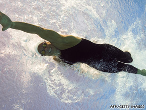Dara Torres doing what she does best.