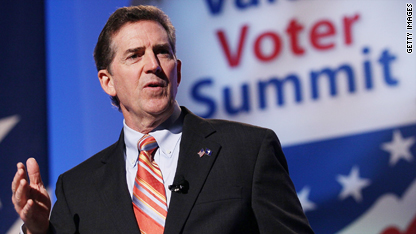 'Washington has treated Americans like they're stupid for too long,' Republican Sen. Jim DeMint of South Carolina said Friday at the Value Voters Summit.