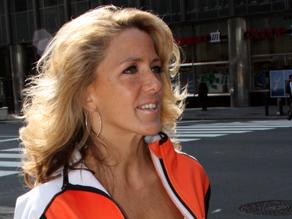 Laura Cozik will coach the CNN Fit Nation Challenge participants who will participate in the Nautica New York City Triathlon.