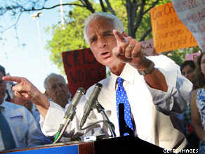 Florida Gov. Charlie Crist backed President Obama Saturday, saying the President's statement on a plan to build a controversial Islamic center and mosque near ground zero was correct.