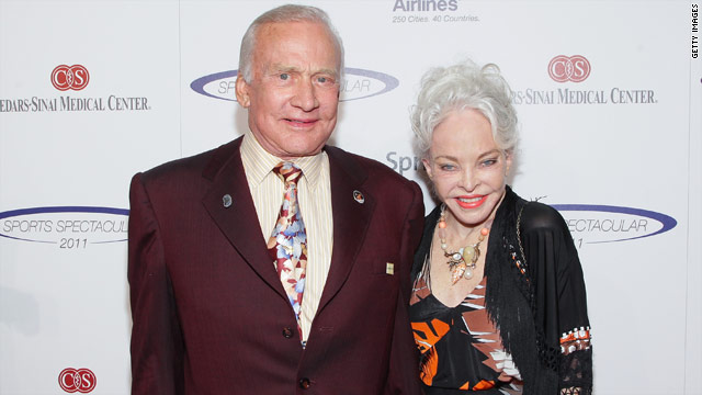 Buzz Aldrin files to divorce wife