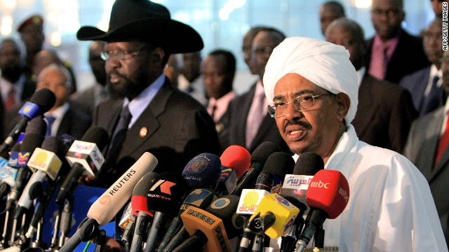 Sudanese President Omar al-Bashir, right, and South Sudanese President Salva Kiir hold a joint press conference on Sunday.
