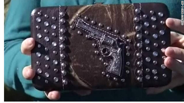 A purse with a gun replica on it was flagged by the Transportation Security Administration at the Norfolk, Virginia airport.