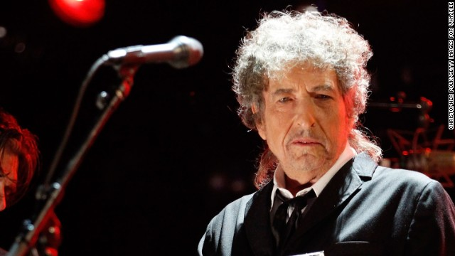 "There have been questions as to whether or not Bob Dylan was telling the truth when<a href='http://www.rollingstone.com/music/news/bob-dylan-admits-heroin-addiction-in-newly-released-1966-interview-20110523' target='_blank'> he reportedly told a journalist in 1966 that he had kicked a $25-a-day heroin habit</a>, but, according to Rolling Stone, he had a period during his 1966 tour where he used ""huge amounts"" of amphetamines."
