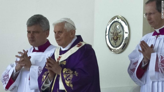 Pope Benedict XVI celebrates an open-air Mass in Silao, Mexico, on Sunday.