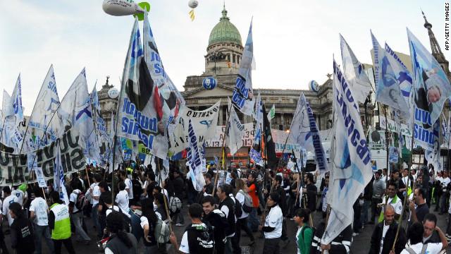 El Congreso argentino aprobó la ley de expropiación de YPF